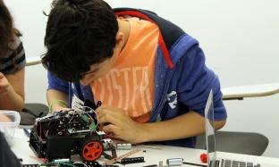 Science of the Future programming & tweaking robots