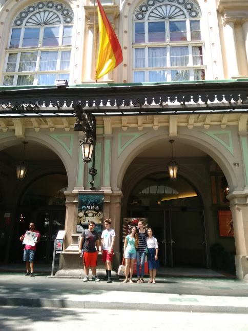 Students outside the Liceu theater.