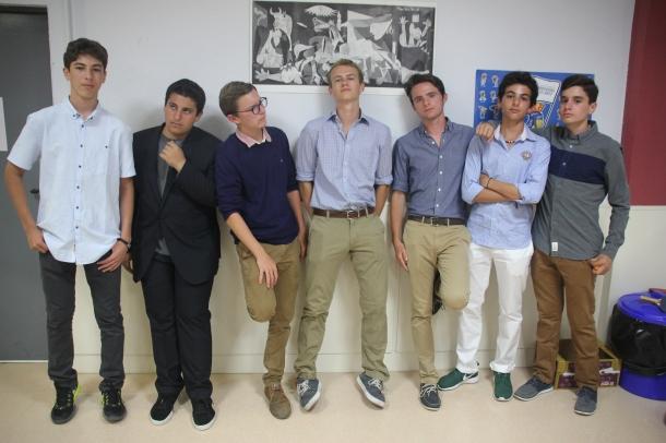 Students prepare to visit the Palau de la Música.