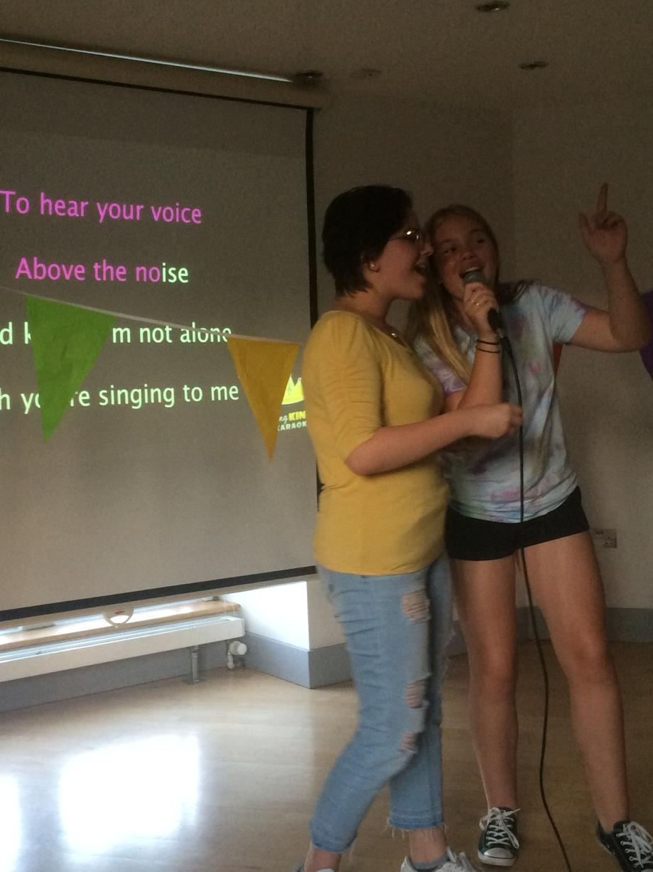 Karaoke blog (1)